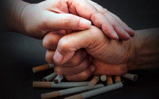 Как помочь любимому человеку бросить курить фото